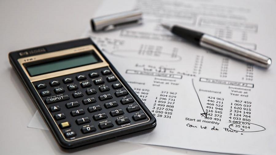 Cálculo sobre o custo por mil em campanhas publicitárias